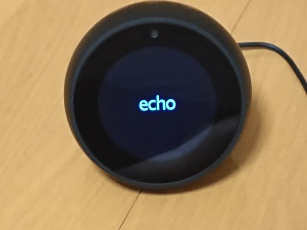AmazonEcho Spot01